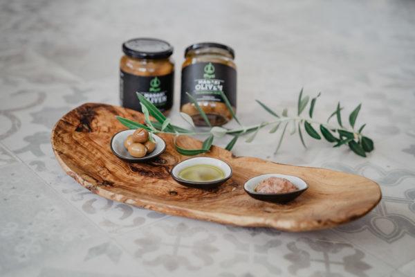 Oliven, Olivenöl, Olivenpaste von Physi