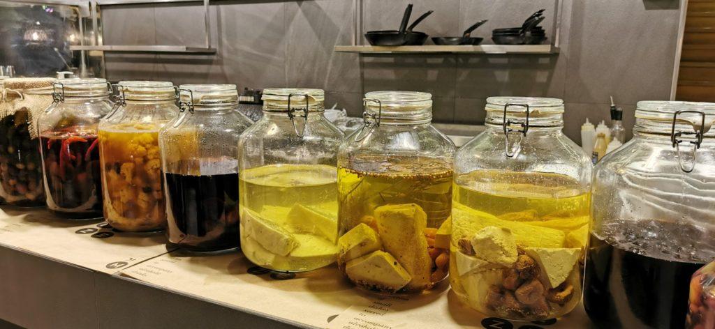 Chevice mit Olivenöl