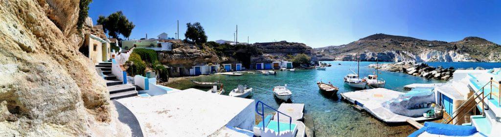 Hafen von Milos